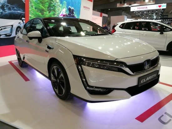 Honda Clarity Fuel Cell what the manufacturer presented